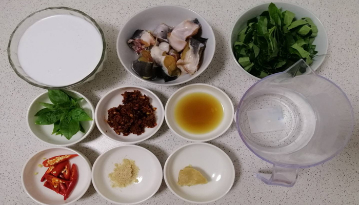 แกงกะทิปลาดุก แกงปลาดุกใบชะพลู หอมอร่อย