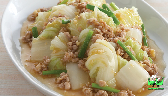 ผัดผักกาดขาวสันในหมูสับ